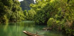 Phong Nha Ke Bang, caves, lagoons and lush forest (2 days)