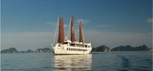 Halong Bay Cruise on Treasure Junk (1 night)