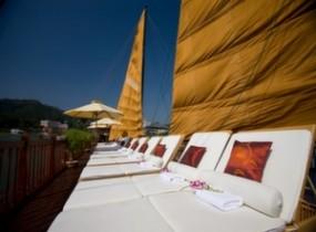 Halong Bay Cruise on Indochina Sails Junk (2 nights)
