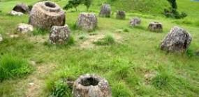 Luang Prabang – Plain of Jars – Vang Vieng – Vientiane Overland (4 days)